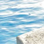 「人間」と「氷」が水に浮く理由は何だろう?