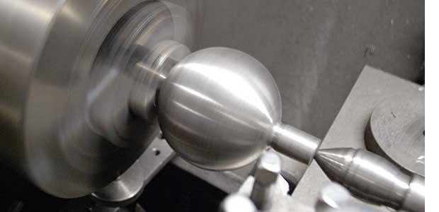 出典:「魔物の鋳物」から生まれる、オリンピックの精密砲丸
