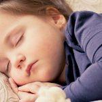 幼児のスマホは言語発達に障害が出る?育児には不要か