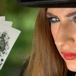 トランプの絵柄差は「特別待遇」の違い?なぜ豪華なカードがあるのか